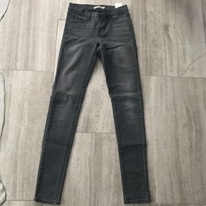 Levi's 311 Shaping skinny jeans size 24